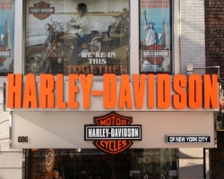 Harley-Davidson_57th-St-NYC_3D-LED-letters.jpg