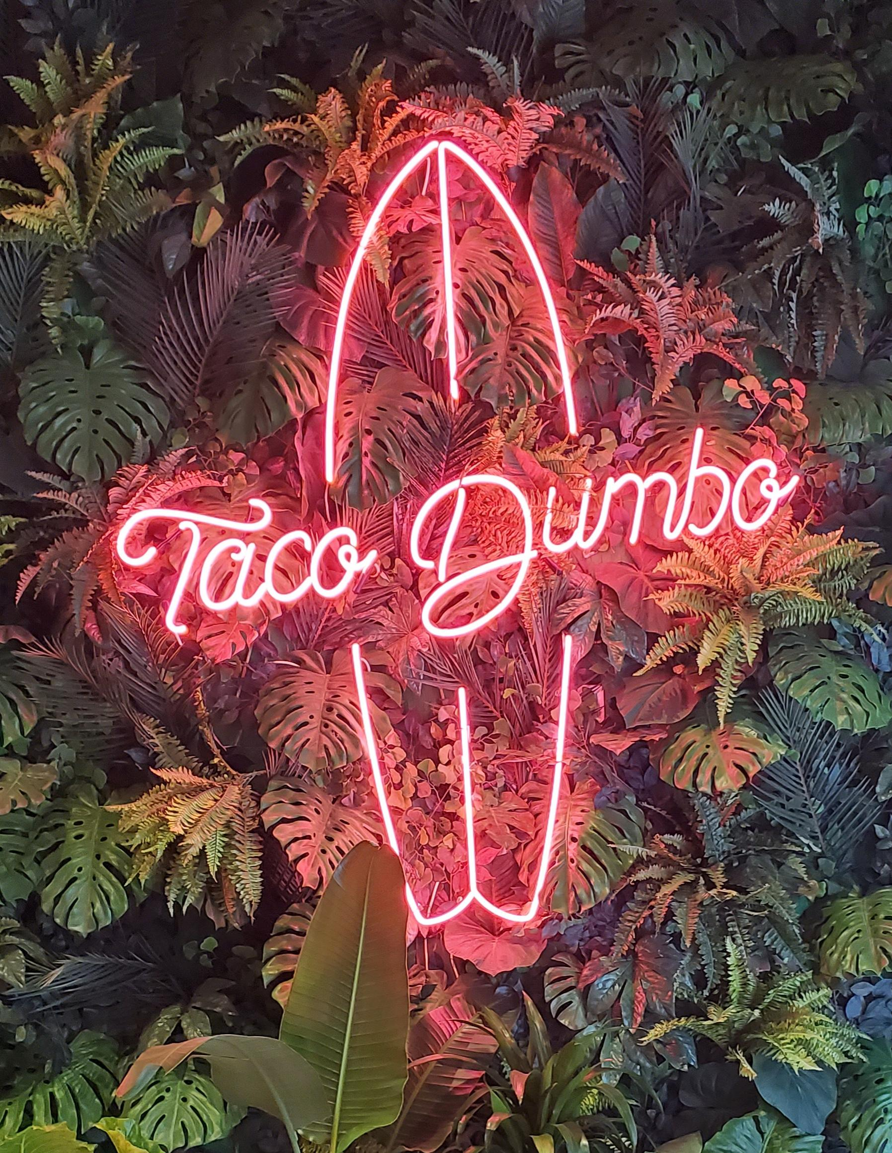 Taco-Dumbo-Neon
